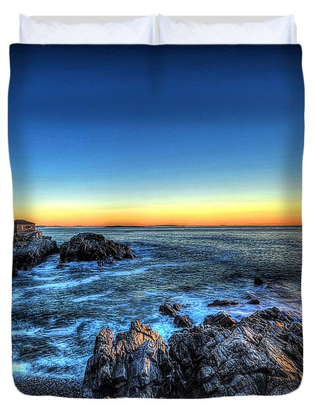 Dawn At Portland Head Lighthouse Duvet Cover