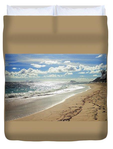 Duvet Cover featuring the photograph Dawn Beach by Lars Lentz