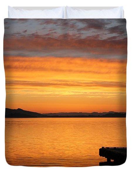 Dawn In The Sky At Dusavik Duvet Cover