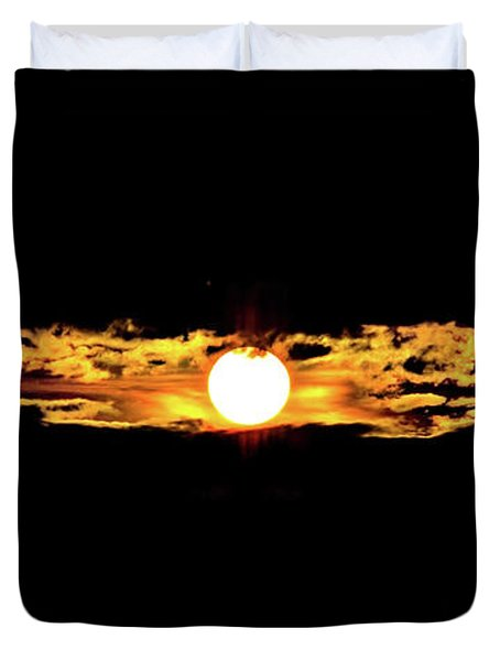 Duvet Cover featuring the photograph Dawn Of The Golden Age by Az Jackson