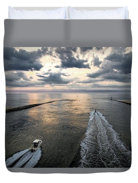 Dawn Race To The Fish Duvet Cover