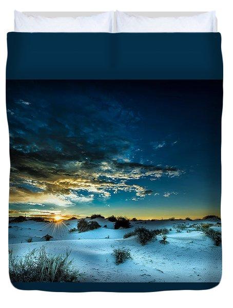 Daybreak At White Sands Duvet Cover