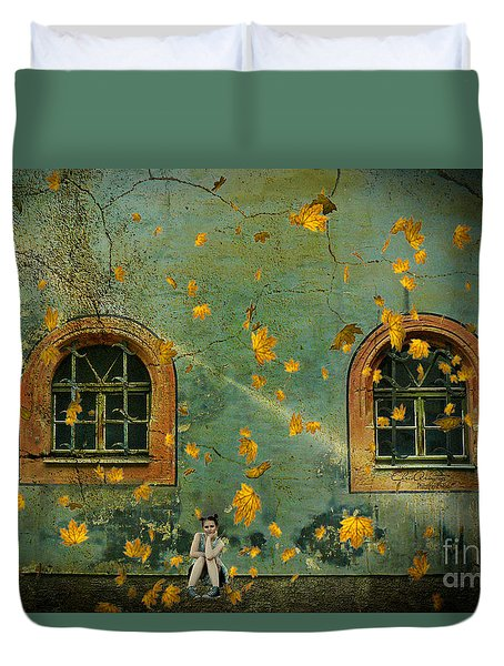 Duvet Cover featuring the photograph Daydreams by Chris Armytage