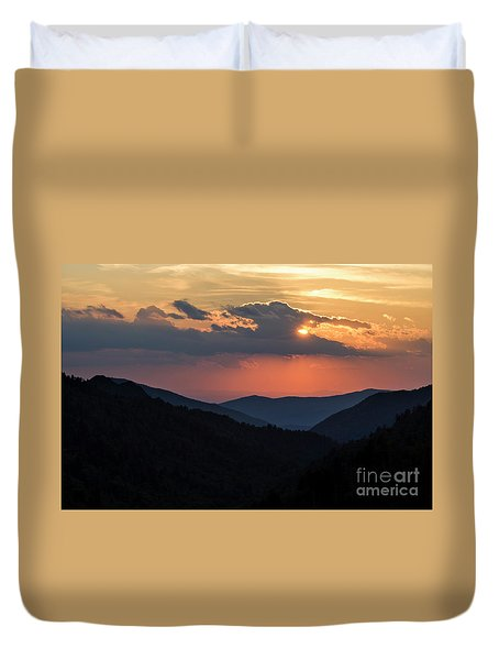 Duvet Cover featuring the photograph Days End In The Smokies - D009928 by Daniel Dempster