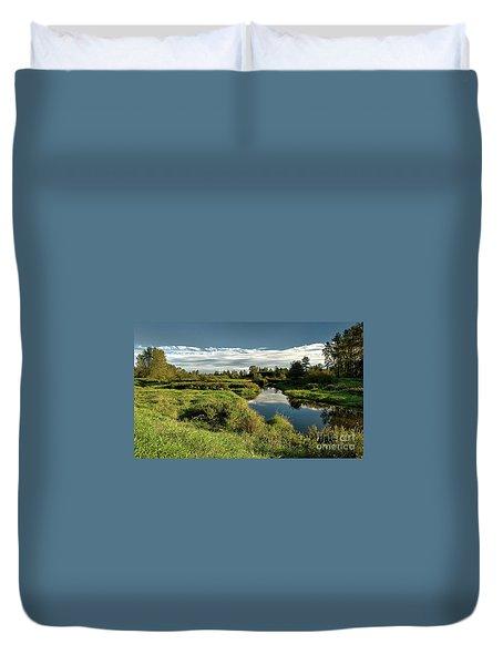 De Boville Slough At Pitt River Dike Duvet Cover by Rod Jellison