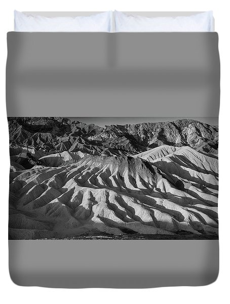 Death Valley Erosion B W Duvet Cover
