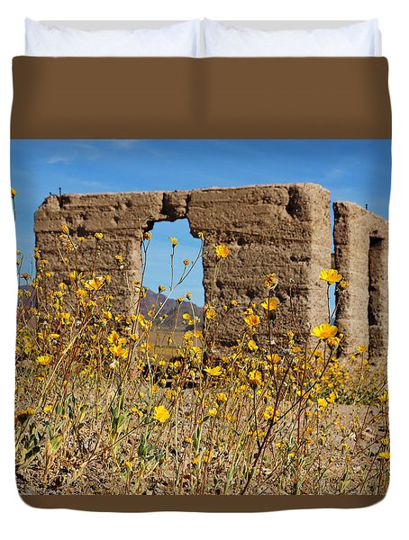 Death Valley Superbloom 404 Duvet Cover by Daniel Woodrum