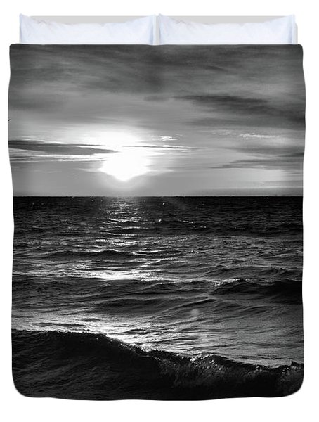 December 20-2016 Sunrise At Oro Station Bw  Duvet Cover