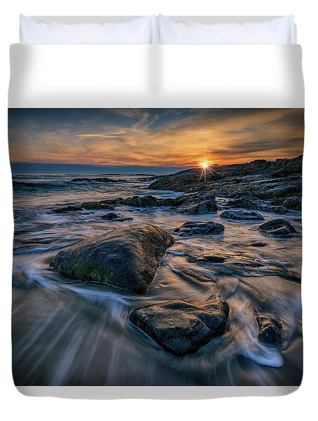 December Sunrise In Ogunquit Duvet Cover