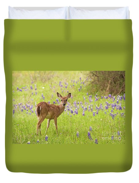 Deer In The Bluebonnets Duvet Cover