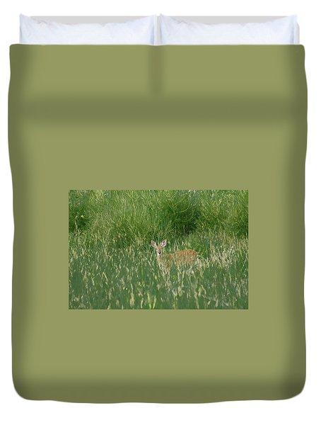 Deer In The Grass Duvet Cover