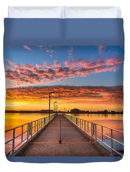 Del Norte Pier At Sunset Duvet Cover