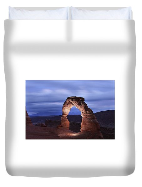 Duvet Cover featuring the photograph Delicate Arch At Twilight by Marie Leslie