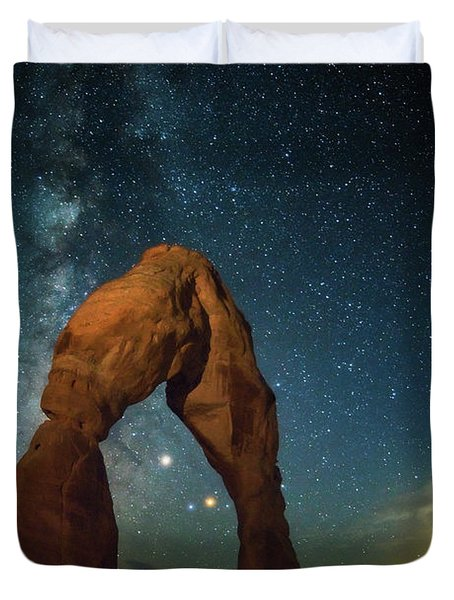 Delicate Arch Moonset Duvet Cover