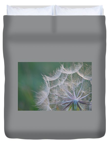 Delicate Seeds Duvet Cover