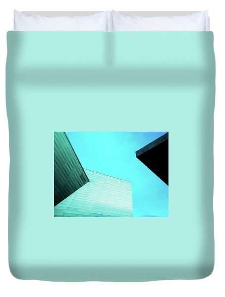 Duvet Cover featuring the photograph Denver Art Museum Hamilton by Marilyn Hunt