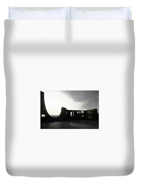 Duvet Cover featuring the photograph Denver Art Museum Ponti 2 by Marilyn Hunt