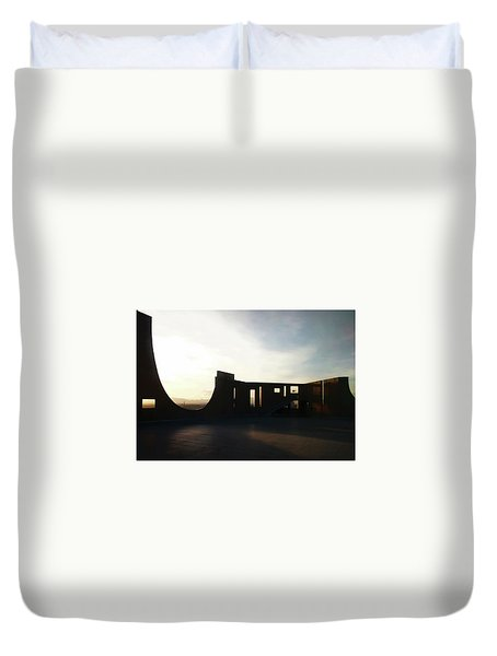 Duvet Cover featuring the photograph Denver Art Museum Ponti Deck by Marilyn Hunt