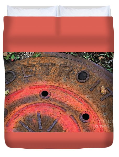 Detroit Manhole Cover Spray Painter Red Duvet Cover