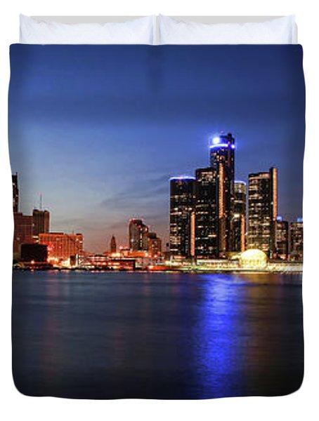 Detroit Skyline 1 Duvet Cover by Gordon Dean II