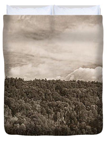 Devil's Lake Autumn Tint Duvet Cover