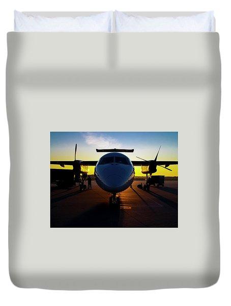 Dhc-8-300 Refueling Duvet Cover