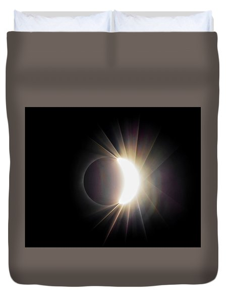 Duvet Cover featuring the photograph Diamond Ring With Flare During Solar Eclipse by Lori Coleman