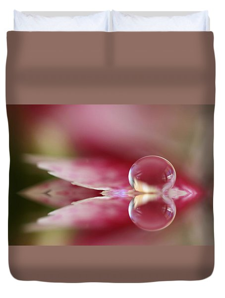 Dianthus Dreaming Duvet Cover