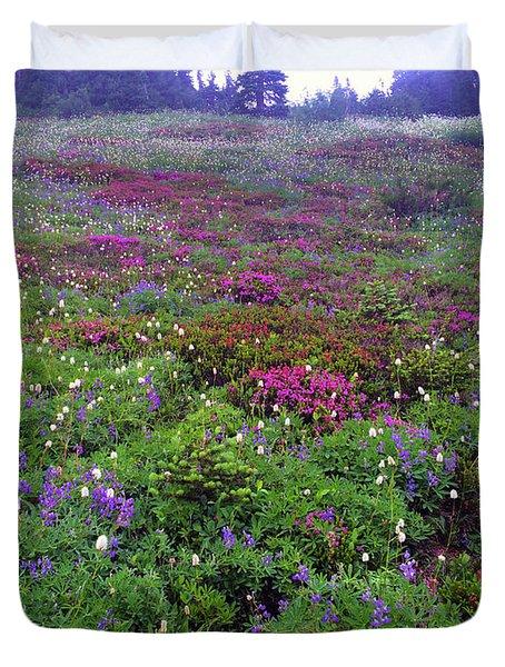 Dickerman Floral Meadow Duvet Cover