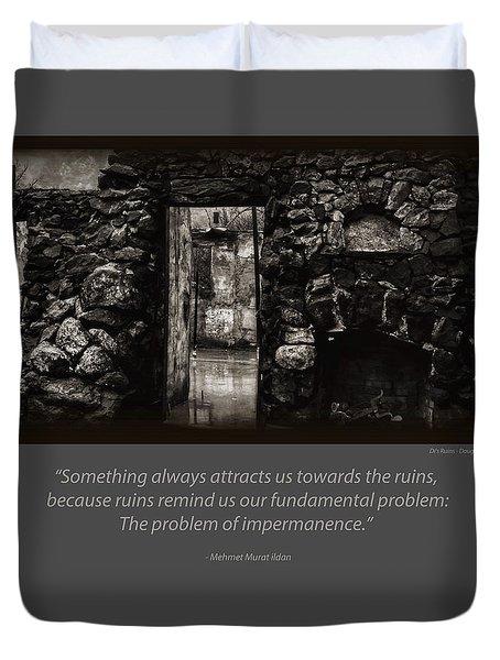 Di's Ruins 2 Duvet Cover