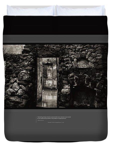 Di's Ruins Duvet Cover