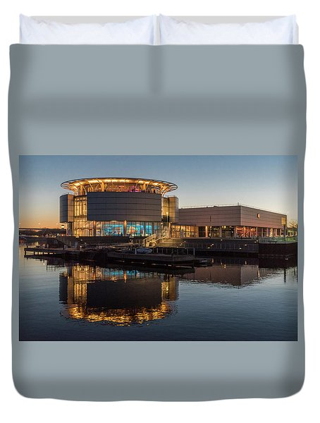 Duvet Cover featuring the photograph Discovery World by Randy Scherkenbach
