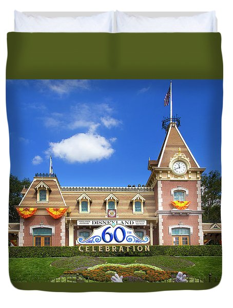 Duvet Cover featuring the photograph Disneyland Entrance by Mark Andrew Thomas