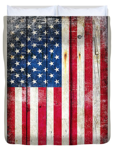 Distressed American Flag On Wood - Vertical Duvet Cover