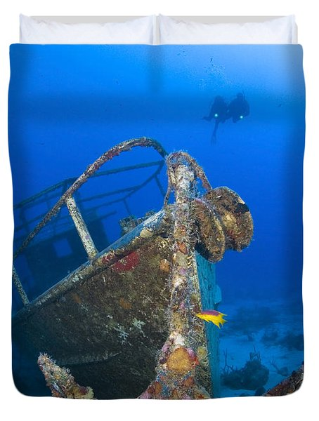 Divers Visit The Pelicano Shipwreck Duvet Cover by Karen Doody