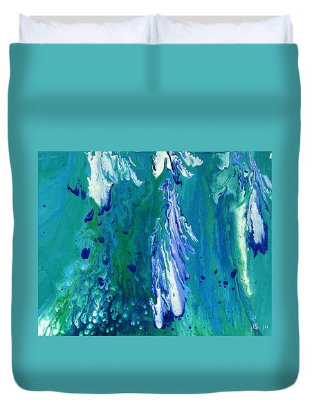 Diving To The Depths Duvet Cover
