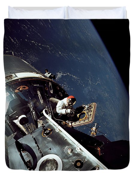 Docked Apollo 9 Command And Service Duvet Cover by Stocktrek Images