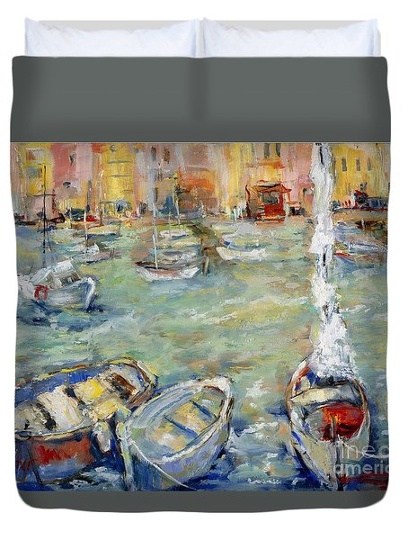 Docking In Cassis Duvet Cover