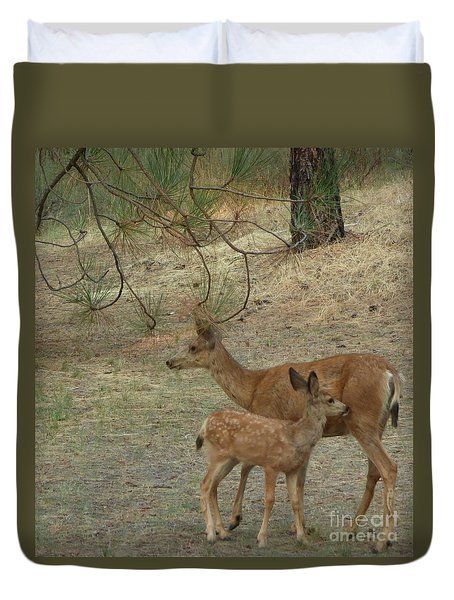 Doe And Fawn Duvet Cover