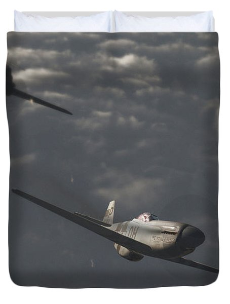 Dog Fight Duvet Cover by Richard Rizzo