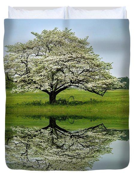 Dogwood Bloom Duvet Cover