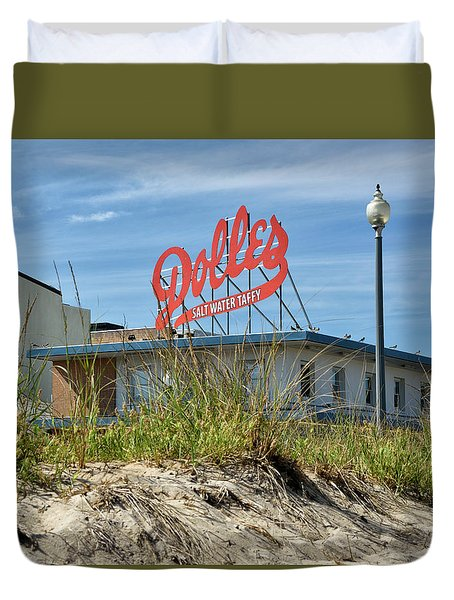 Duvet Cover featuring the photograph Dolles Candyland - Rehoboth Beach Delaware by Brendan Reals