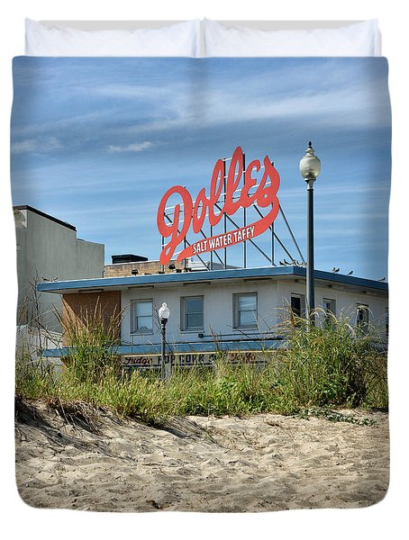 Dolles From The Beach - Rehoboth Beach Delaware Duvet Cover by Brendan Reals