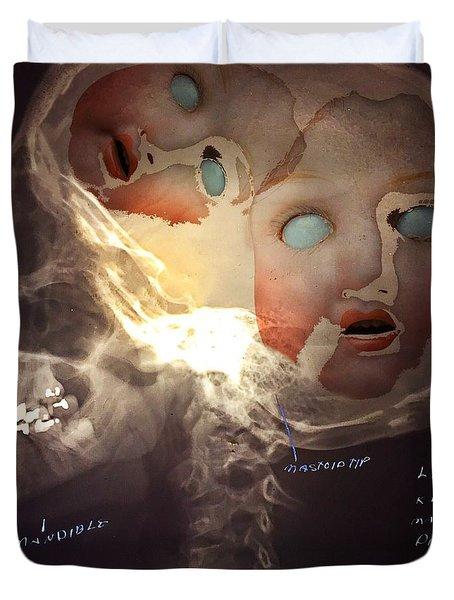Dolls On The Brain Duvet Cover