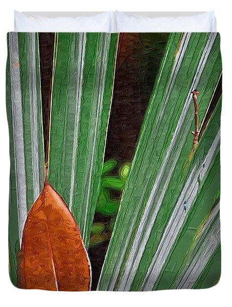 Duvet Cover featuring the photograph Don't Leaf by Donna Bentley