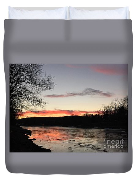 Don't  T 'red' On Thin Ice Duvet Cover