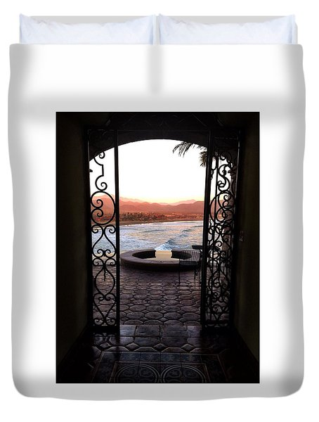 Door To The Beach Duvet Cover