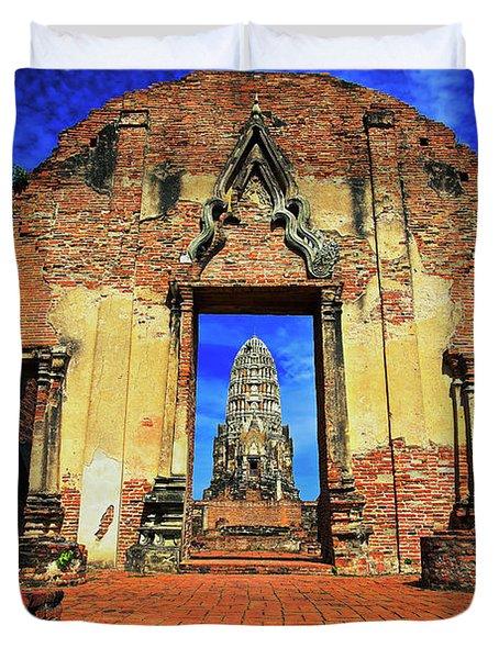 Doorway To Wat Ratburana In Ayutthaya, Thailand Duvet Cover