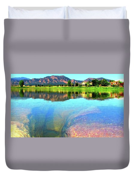 Doughnut Lake Duvet Cover