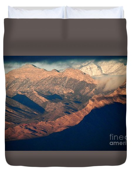 Down Into The Valley Duvet Cover